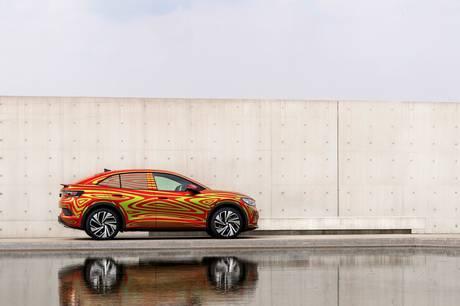 Volkswagen viser de første billeder af den nye ID. 5, der er en sporty udgave af den kendte ID. 4.