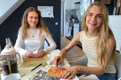 Snitteriet Studio deltager i Pap&papirfestivalen og lærer tips og tricks fra sig. Pressefoto