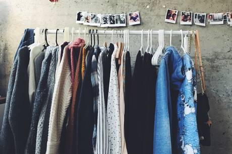 Der er gode muligheder for at gøre et godt fund på tøjmarkedet. Pressefoto
