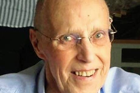 Vores far Viggo Eriksen Ebeltoft tidligere Holme er ikke mere. Efter et langt og aktivt liv sluttede det søndag 22. august. Han blev 93 år.