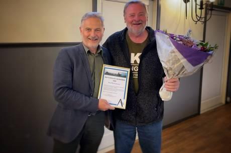 Erhvervsmanden og Allingåbro-borgeren Paul Busk Jensen fortsætter med at booste Allingåbro. Han kan slet ikke lade være.