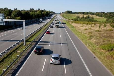 To borgere er gået sammen om et debatindlæg angående støjgenerne fra motorvejen i Viby.