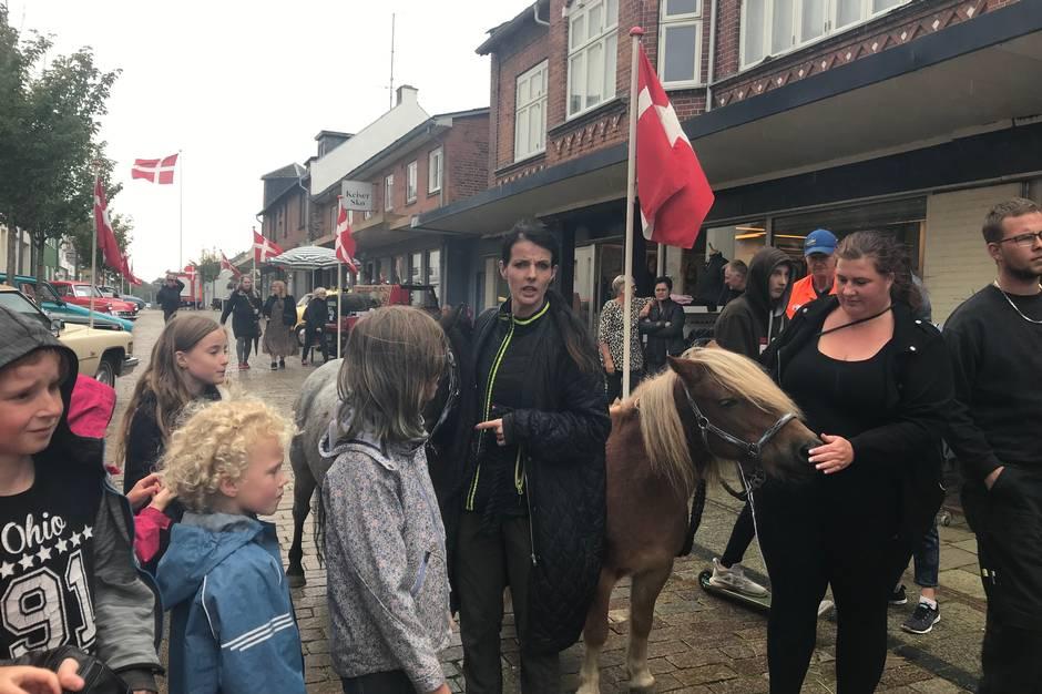 Kolinds historiske status som markedsby kommer fuldtonet til udtryk ved Hjorddrengenes Marked. I år med den 130. udgave af markedet, hvor der også er tænkt på de mindste.