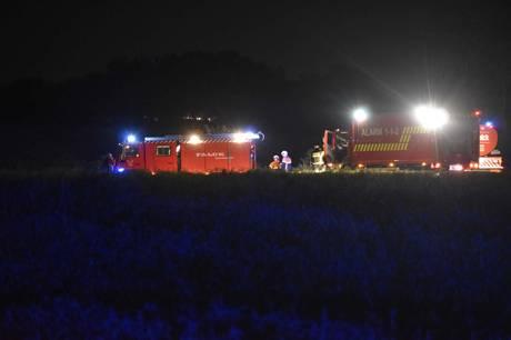 Brandvæsnet kaldt ud til væltet traktor