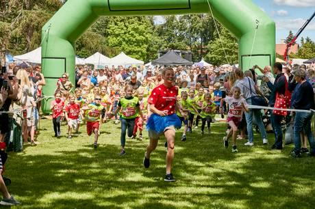 Selv de allermindste blive maratonløbere, når Børneulykkesfonden og Rasmus Klump afholder Centimeter Maraton i Byparken.