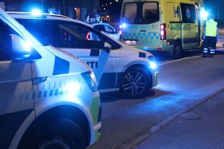 Anklagemyndigheden ved Københavns Politi har rejst tiltale mod en 24-årig mand for bl.a. uagtsomt manddrab efter en påkørsel af en 19-årig kvinde i juni. Han og bilens tre øvrige passagerer er desuden tiltalt for at flygte fra ulykken.