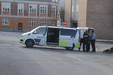 I en kloak i Museumsgade i Herning har politiet fundet en kniv. Alt tyder på, der er tale om gerningsvåbenet i en sag, hvor en 22-årig mand natten til torsdag den 5. august 2021 blev dræbt.