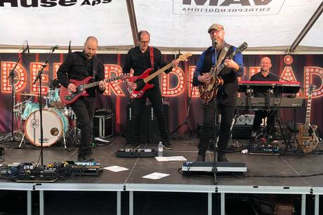 Arrangørerne var meget tilfredse med besøgstallet og afviklingen af de to dages musikfestival i Lunden i Allingåbro i den forgange weekend.