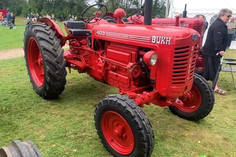 Traktorer med mindst 30 år på bagen holder konkurrence i veteranpløjning 25. september.