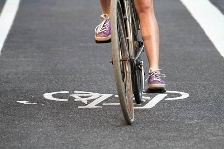 Arbejdet med at anlægge en cykelsti mellem Tranbjerg og Solbjerg er nu begyndt. Modelfoto: Adobe Stock