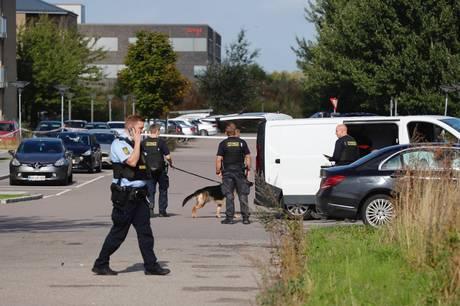 Politiet opfodrer formodet gerningsmand til knivstikkeriet i Taastruptil at melde sig.