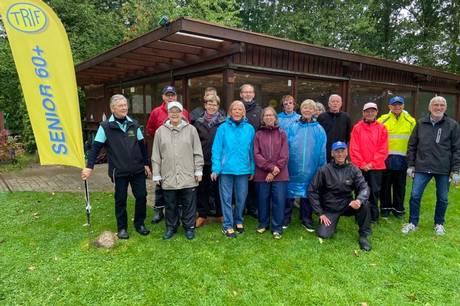Mandag og torsdag er de faste mødedage for de næsten 100 medlemmer af TRIF Senior 60+ på Seniorlunden ved Rønde Skole med krolfbane og hyggeligt klubhus, som er  samlingsstedet for foreningen, der 6. oktober fylder ti år.