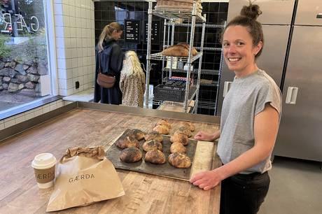 Brødet skal være sundt og saftigt i det nye bageri, der er opkaldt efter en surdej, der hedder Gærda. Det åbner fredag 1. oktober.