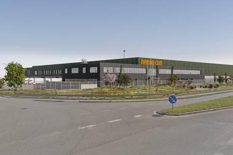 Nemlig.com er godt i gang med byggeriet af et enormt varehus i Årslev.