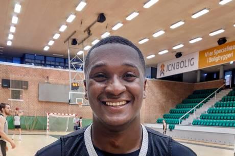 27-årig point guard skal forstærke den aarhusianske basketball-klub.