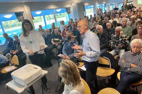Folk mødte talrigt frem til onsdagens borgermøde på Jydsk Væddeløbsbane, hvor projekt Kongelunden blev debatteret.