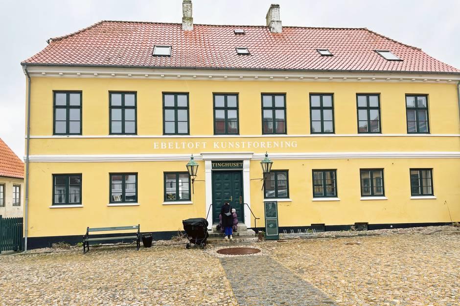 Kunstforeningen indbyder til Kulturmøde i Tinghuset med fokus på farver i kunsthistorien.