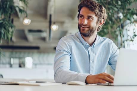 Med den rigtige arbejdsrytme kan du løse opgaverne på de tidspunkter, der er mest effektive for dig, og få langt mere fra hånden.