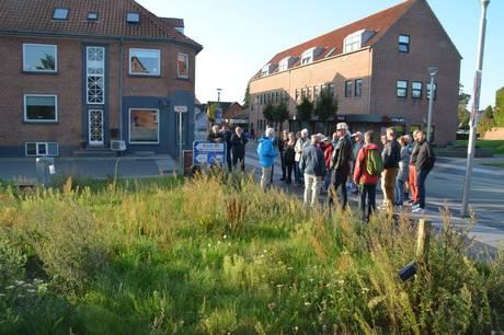Kulturgrunden i Hornslet indvies med et program, der præsenterer både den nybyggede scene, graffitivæggen og kunstkuben.