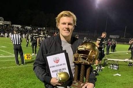 20-årige Magnus Røn Urth modtog forleden en meriterende hæder - National Ligaens MVP (Most Valuable Player), der er lig med den absolut bedste spiller i Danmark i 2021.
