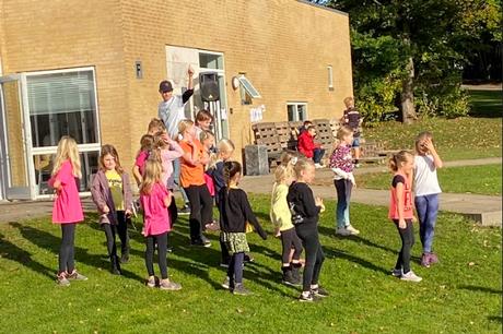 Eleverne på Haldum-Hinnerup Skolen får samfundet til at dreje rundt i temaugen Multiby