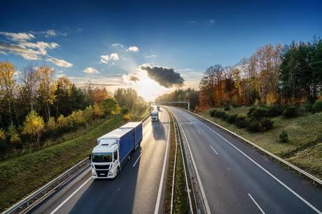 Ved at have tilladelse til at fragte med de såkaldte modulvogntog, sparer Damstahl på antallet af lastbiler, samt den tilhørende logistik og økonomi. Pressefoto