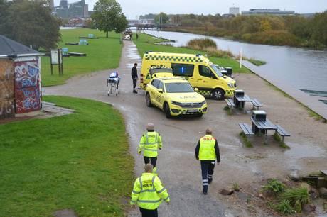 Kvinden blev erklæret død på stedet. Foto: Øxenholt Foto