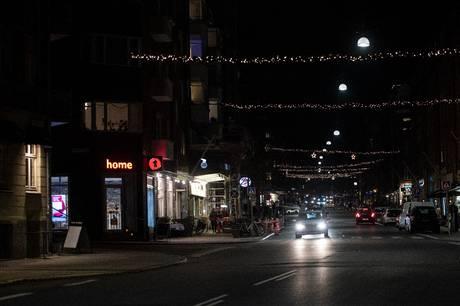 Der skal gøres noget hurtigkørende biler på Trøjborg, man er bare ikke enig i, hvordan problemet skal løses.
