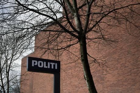 Det var fredag formiddag ikke muligt at ringe til Østjyllands Politi på 114.