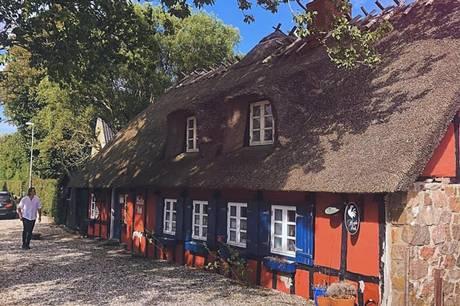 Det røde bindingsværkshus i Drammelstrup, som hidtil har været kendt som Hvide Kok, åbner 7. maj 2021 som Restaurant Bindingsværket