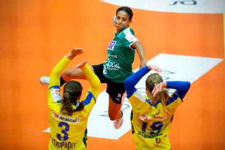 23-årige Sofia Deen stopper i Skanderborg Håndbold efter denne sæson. Arkivfoto: Ole Nielsen