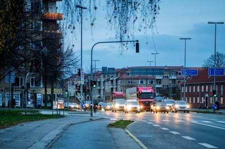 Ifølge nye beregninger, som tager afsæt i nye tal fra Aarhus Havn, forventes der 15.000-16.000 køretøjer på den nye Marselis Boulevard og knap 15.000 køretøjer i tunnelen.
